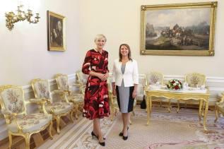 Madam Duda with SHOM President Adriana Kristofikova